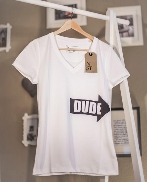 """Shirt """"Dude"""" Woman Hingucker auf der Straße"""