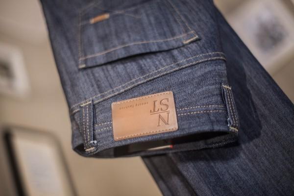 Ambassador Jeans - Für Liebe, Hoffnung, Freiheit & Glauben